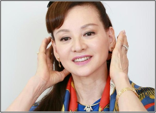 夏樹陽子,若い頃