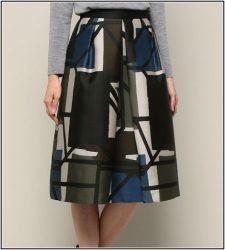 松たか子のカルテットのスカート