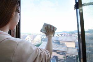 大掃除 窓拭き 雑巾 洗剤
